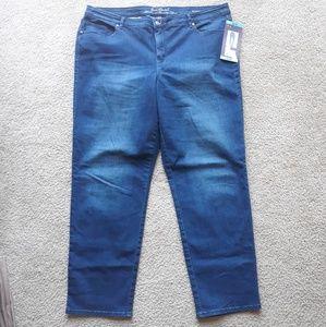 New Gloria Vanderbilt dark wash jeans